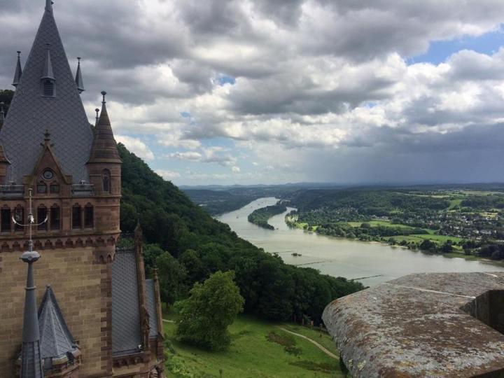 Rhein Schloss Drachenburg