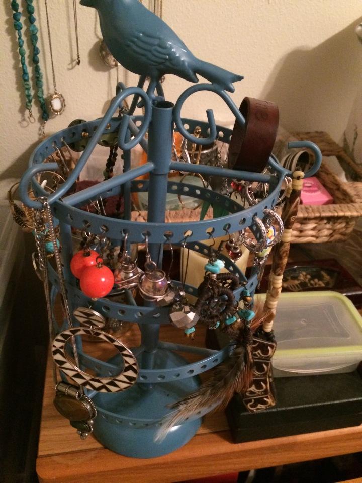 jewelry_stand