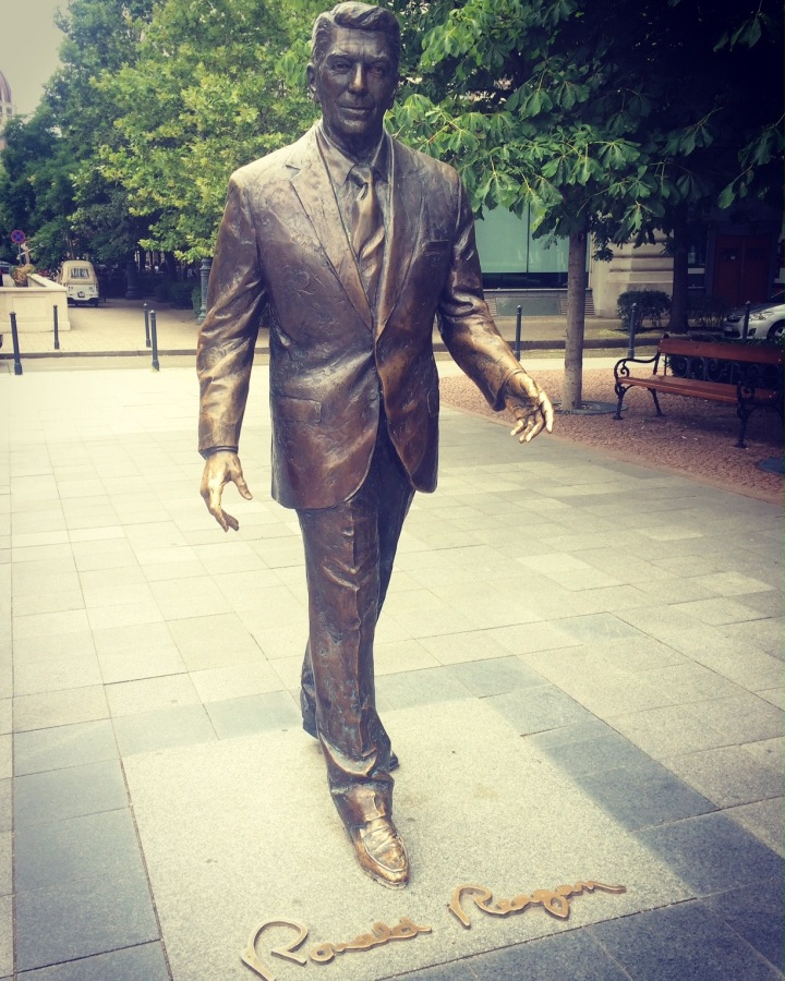 Ronald Reagan bronze statue Budapest