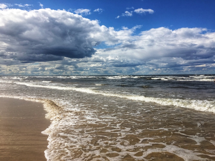 things to do in riga latvia day trip to jurmala beach