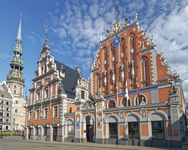 Riga-House-Of-The-Blackheads-Latvia-3725547.jpg